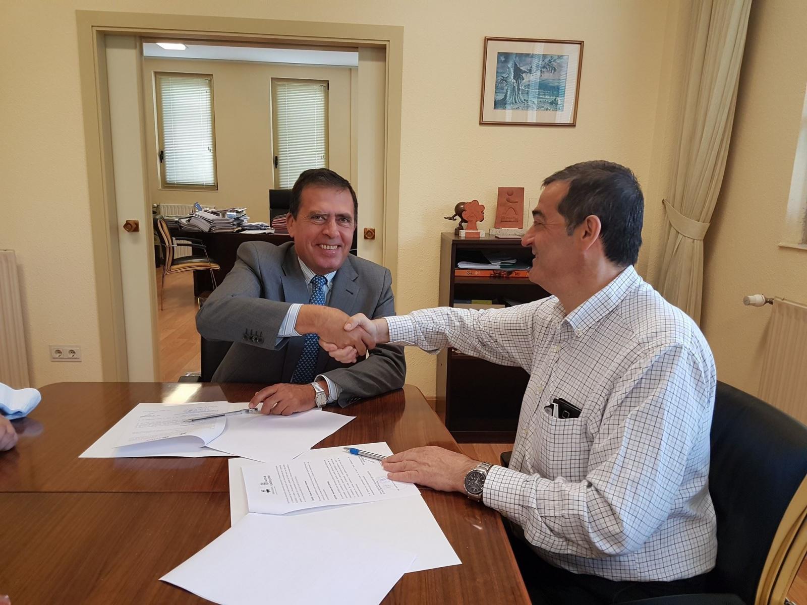 Firma acuerdo Colaboración D.P. Educacion 2017