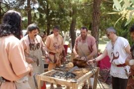 Instantánea de la representación de la vida cotidiana celtíbera por parte de la ACC Tierraquemada en Tarraco Viva de 2006.. Tomás Sanz. Tarraco Viva- 2006 (Tarragona)