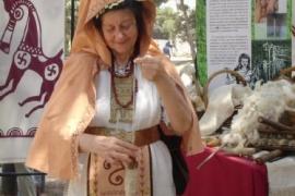 Instantánea de la representación de la vida cotidiana celtíbera por parte de la ACC Tierraquemada en Tarraco Viva de 2006.. Tomás Sanz. Tarraco Viva (Tarragona)
