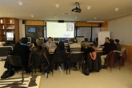 Participantes en el taller del herrero y el orfebre 1